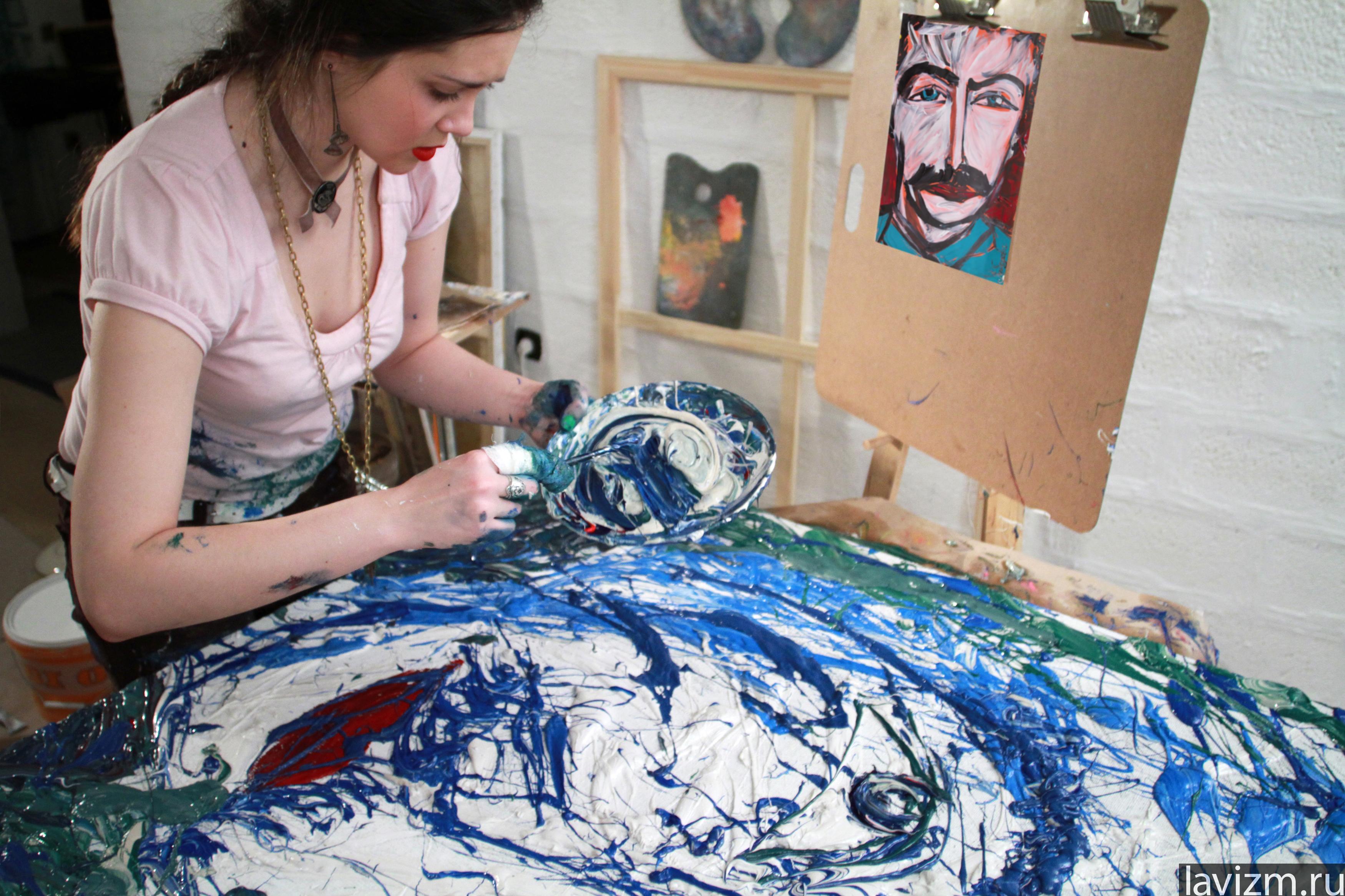 2011 сталин 120×100 художник рисует