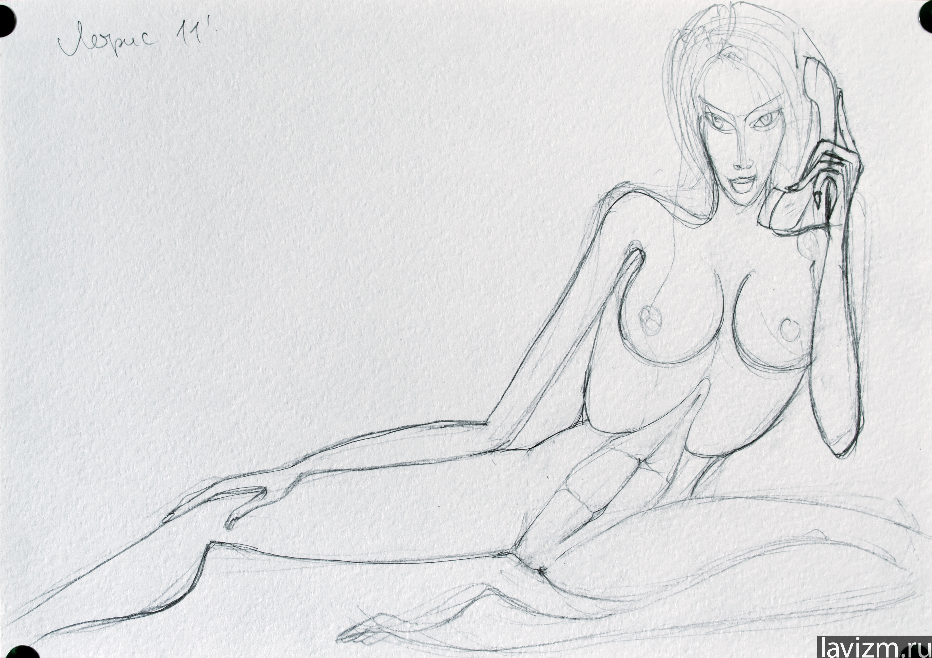 Рисованные карандашом голые девушки 18 фотография